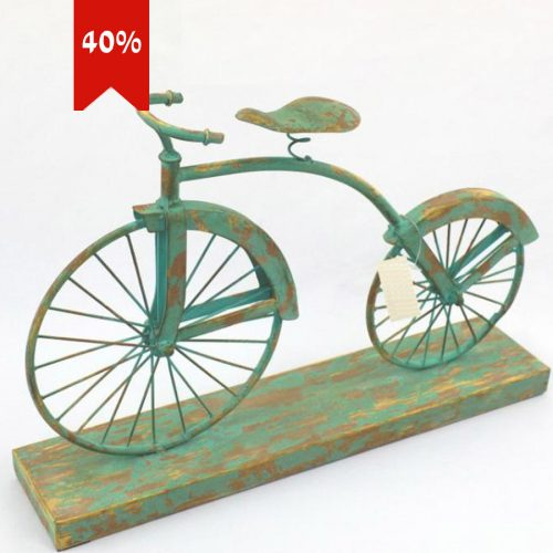 אופניים-מתכת-בשילוב-בסיס-עץ-מרפסות-יפות