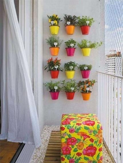 מרפסות יפות עיצוב מרפסת עם גינת תבלינים