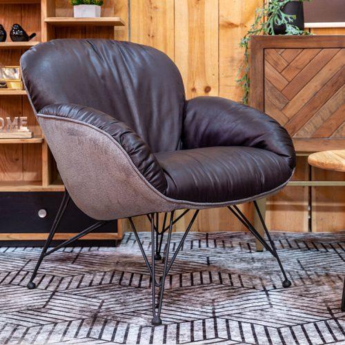 כורסא TULUZ שחורה לעיצוב סלון