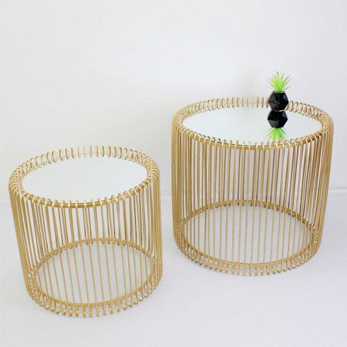 זוג שולחנות זהב עגולים מרפסות יפות