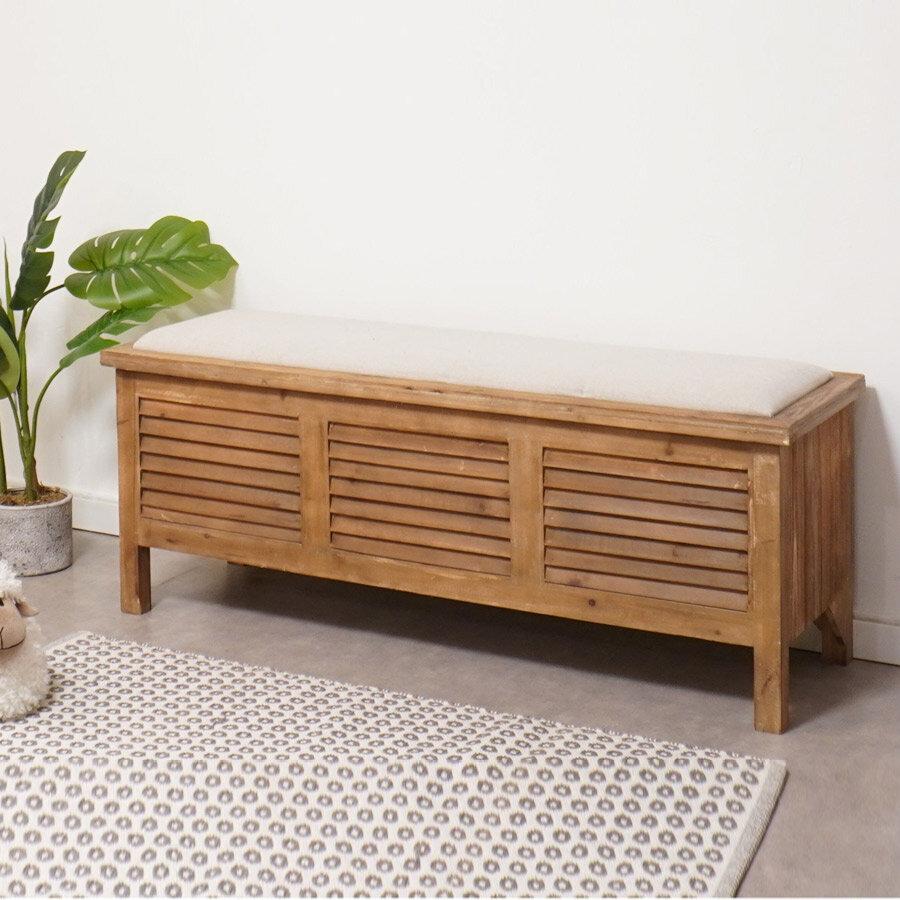 ספסל עץ עם אחסון