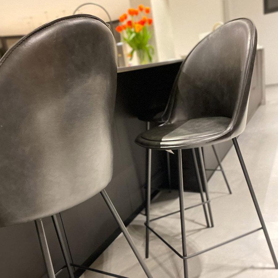כיסא בר בלגיה מרפסות יפות צבע שחור