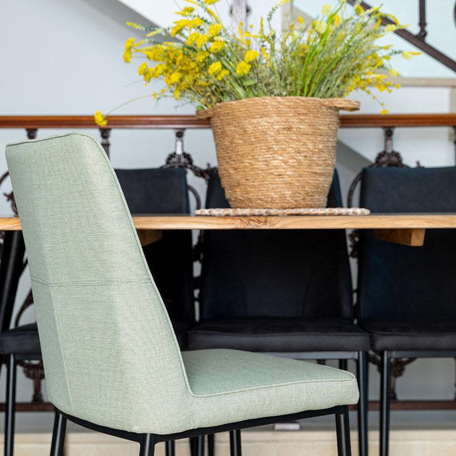 כיסא-שחר-ירוק-פיסטוק-מרפסות-יפות