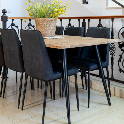 שולחן מעוצב לפינת אוכל מלבן