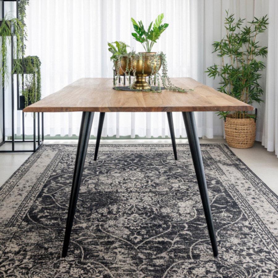 שולחן פינת אוכל אייפל, מרפסות יפות