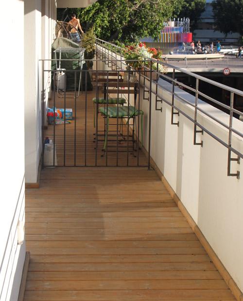 מרפסת לפני עיצוב של מרפסות יפות