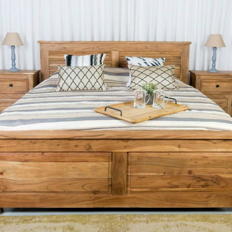 מיטה דגם תריס לרכישה באתר מרפסות יפות