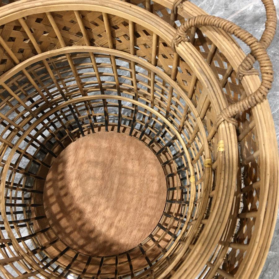 סט סלסלות קש Light לרכישה באתר מרפסות יפות