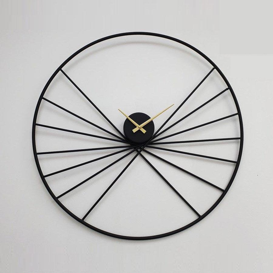 שעון קיר מעוצב מתכת שחור