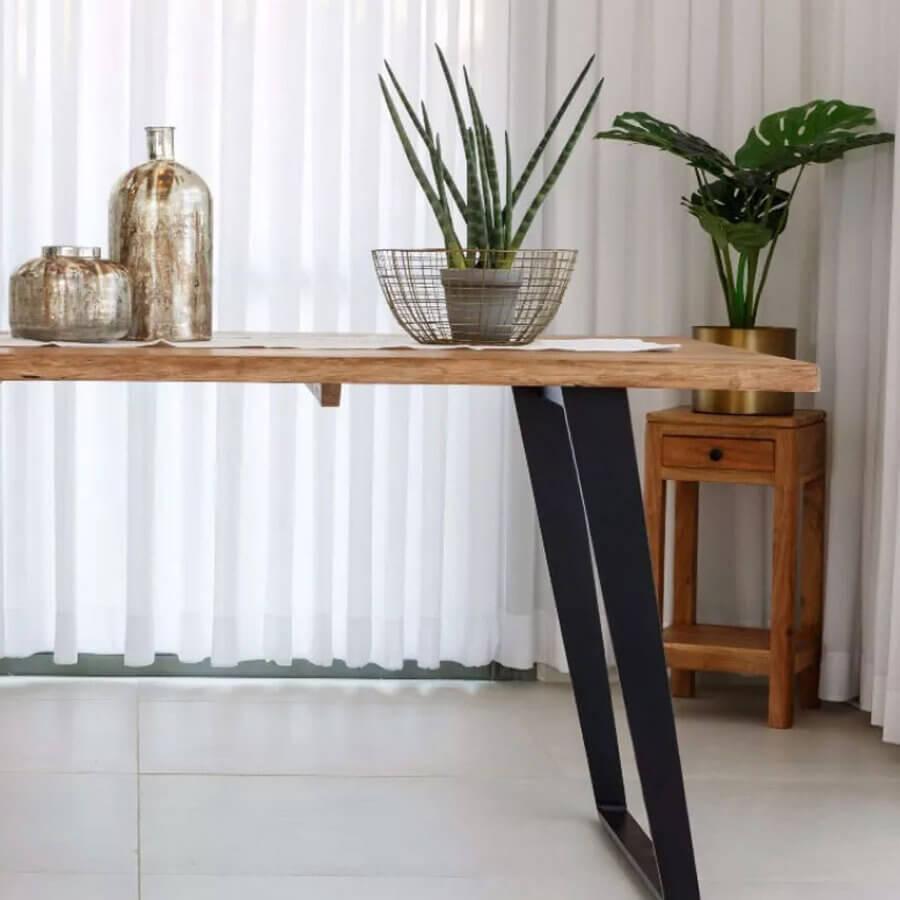 פינת אוכל שולחן עץ מלא מרפסות יפות