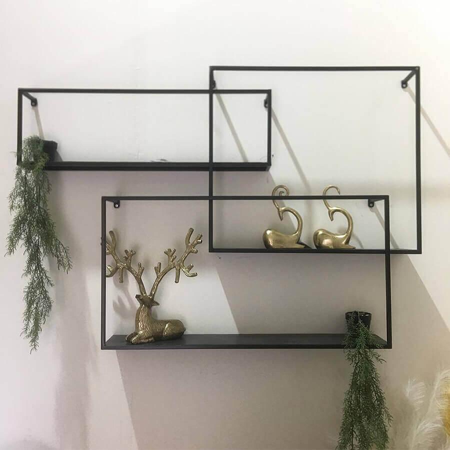 סט מדפי מתכת שחורים לעיצוב הבית